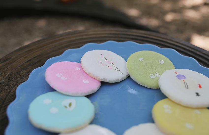 """""""置き砂糖""""と呼ばれる、和菓子の伝統手法"""